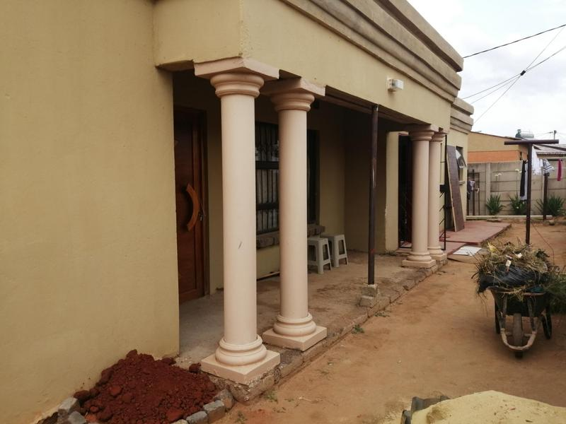 Property For Sale in Masechaba View, Duduza 2