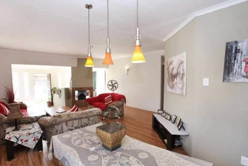 Property For Sale in Dal Fouche, Springs 3