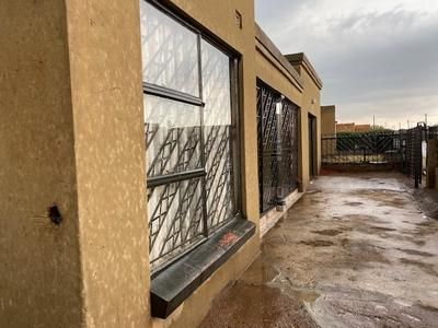 Property For Sale in Tsakane Ext 12, Tsakane