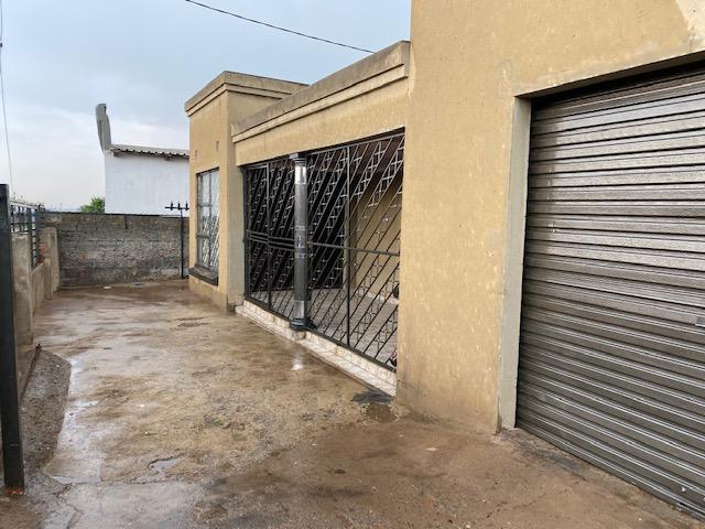Property For Sale in Tsakane Ext 12, Tsakane 2