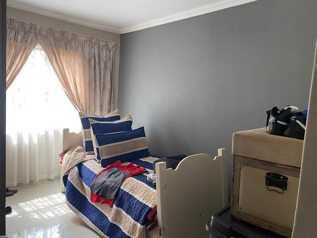 Property For Sale in Blue Gum View Ext 4, Duduza 6