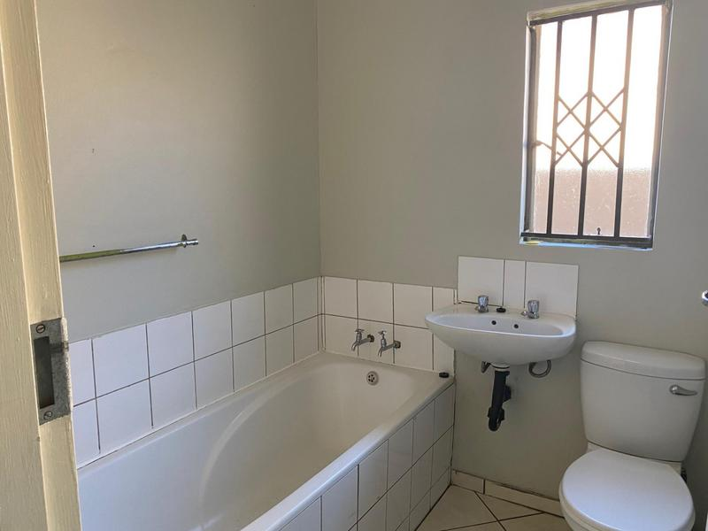 Property For Rent in Windmill Park, Boksburg 9