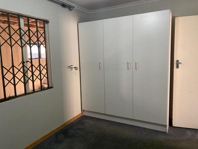 Property For Rent in Windmill Park, Boksburg 8