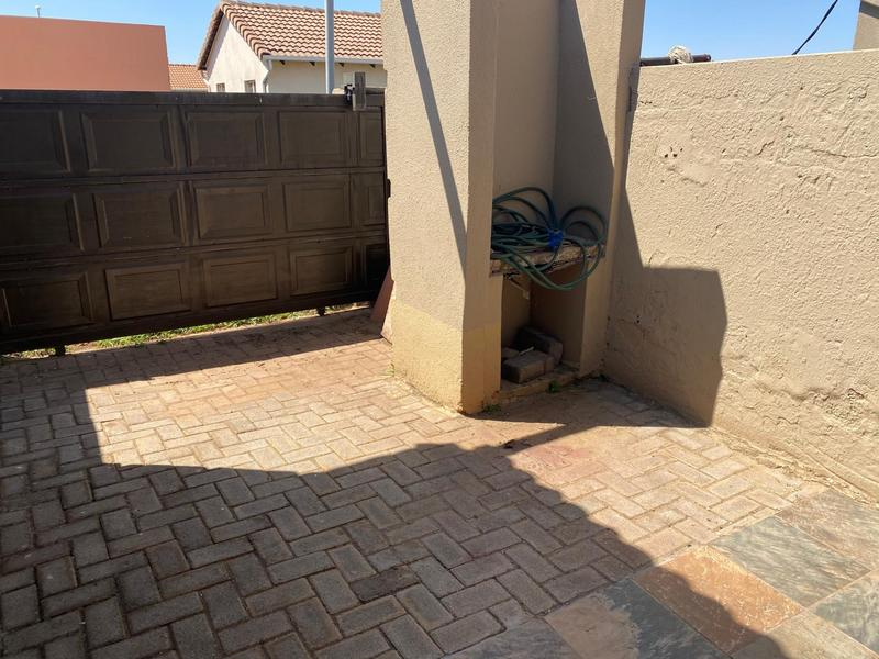 Property For Rent in Windmill Park, Boksburg 4