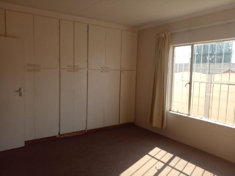 Property For Rent in Birch Acres, Kempton Park 7
