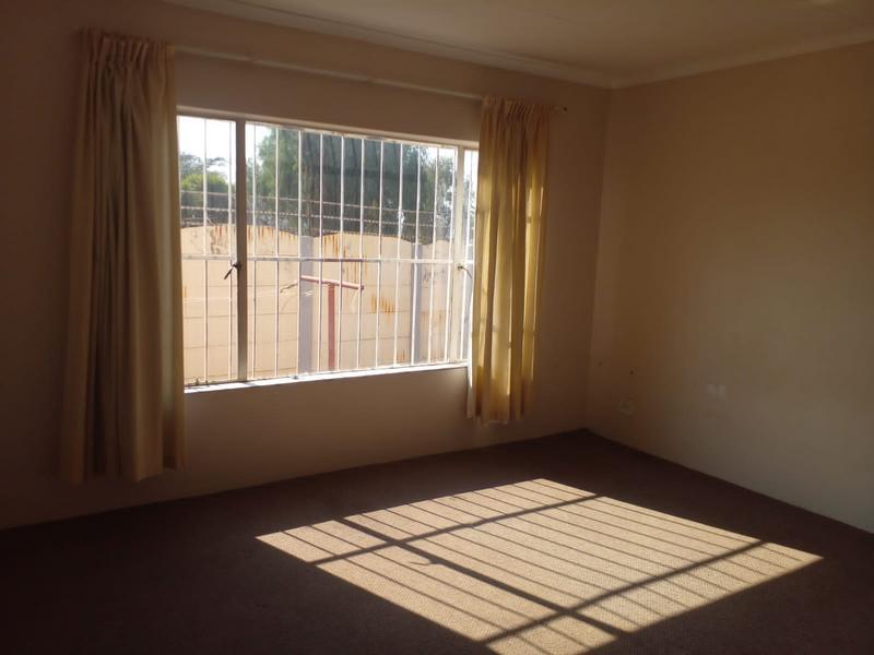 Property For Rent in Birch Acres, Kempton Park 8