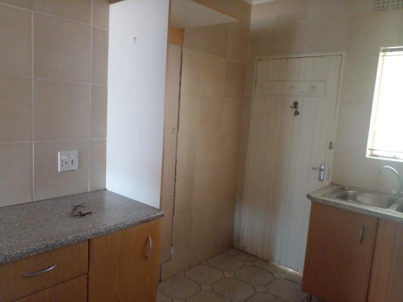 Property For Rent in Birch Acres, Kempton Park 6