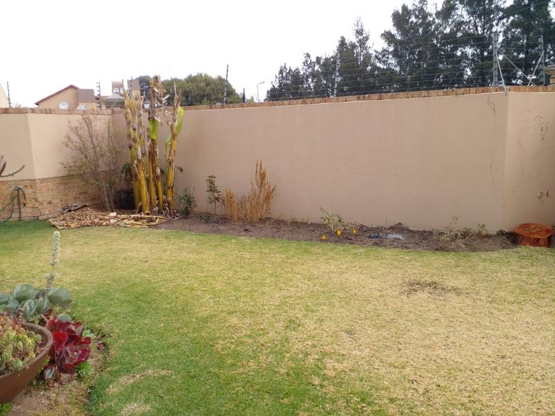 Property For Sale in Noordwyk, Midrand 16