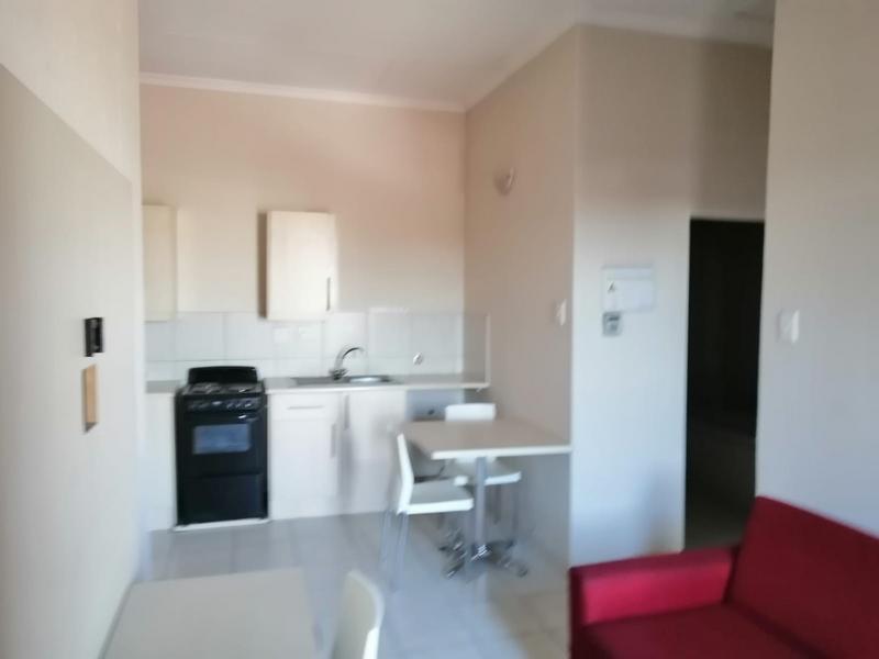 Apartment / Flat For Rent in Kempton Park, Kempton Park
