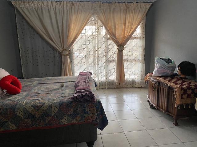House For Sale in Tsakane Ext 12, Tsakane