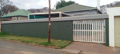 House For Sale in Orange Grove, Johannesburg